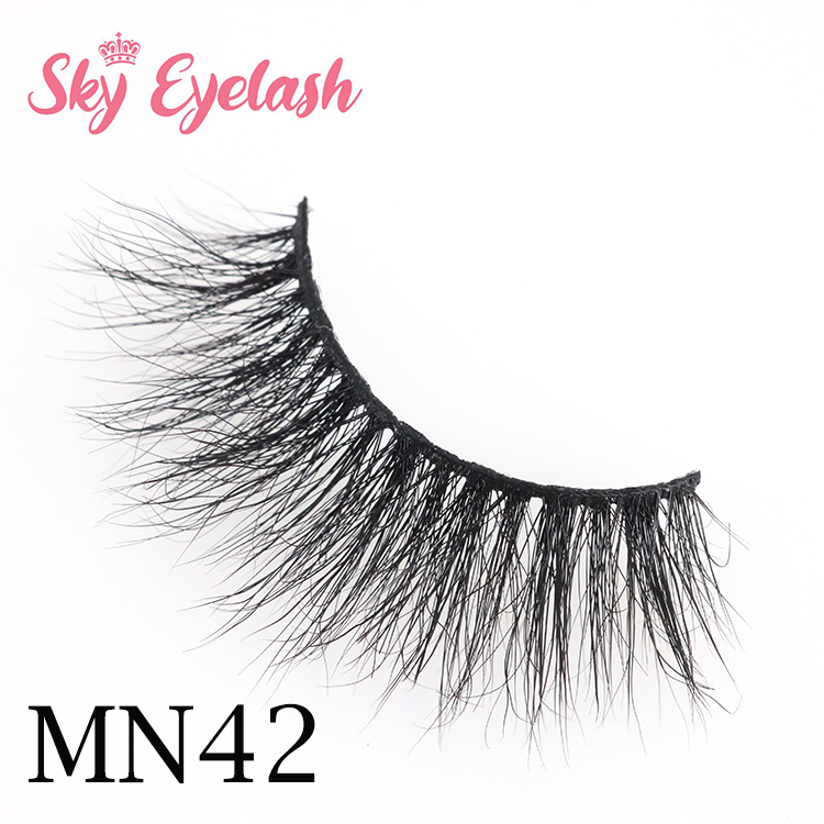 Wholesale eyelash vendors sell 3d mink eyelashes to US