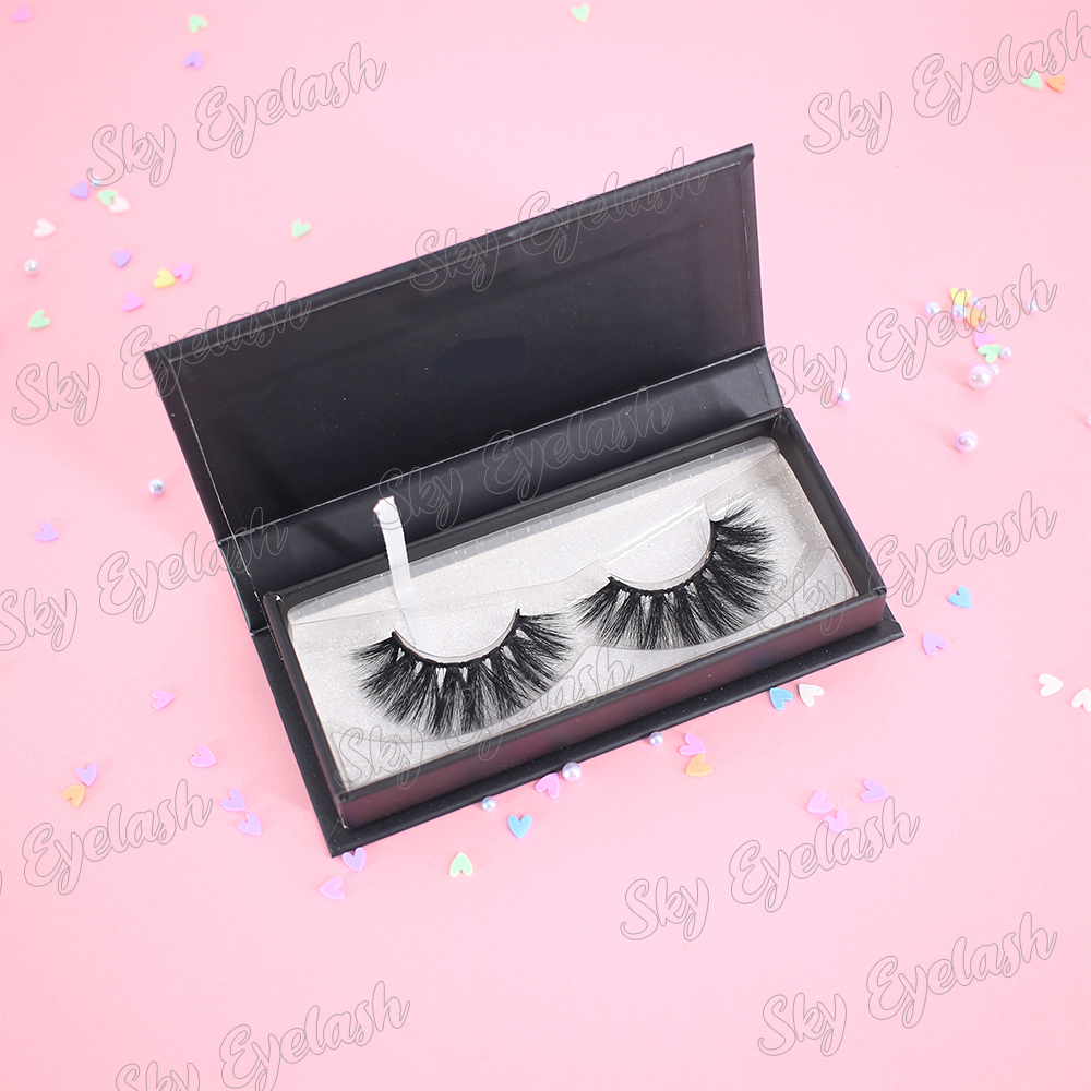 Wholesale 25mm 3D faux mink eyelashes with custom packages to UK