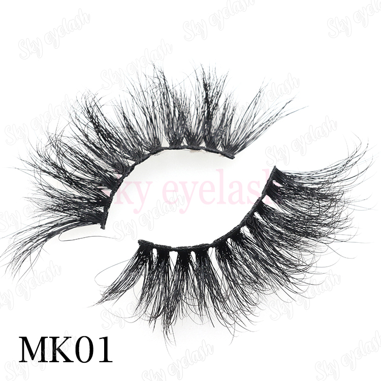 The best 25mm 3D mink false eyelashes with custom packaging to UK CO