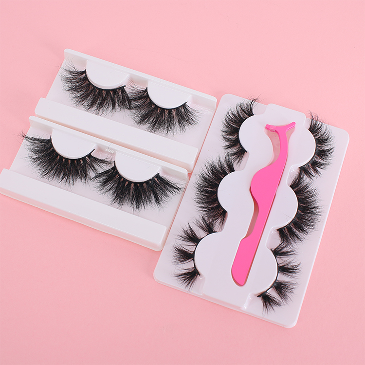 Fluffy 25mm Siberian mink eyelashes with customized pacakging Canada