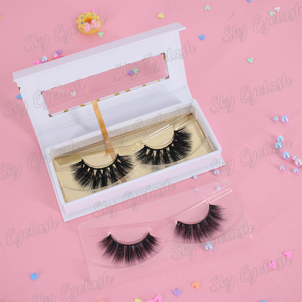 Handmade-false-eyelash-3D-faux-mink-lashes-soft-natural-and-durable.jpg