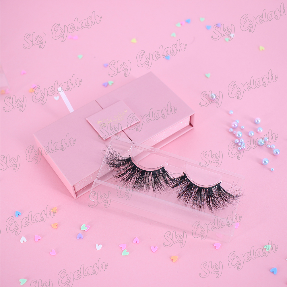 Private-packaging-for-luxury-eyelashes-3D-handmade-wholesale-at-best-price.jpg