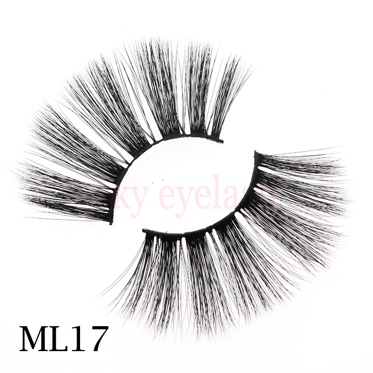 Lashes-vendor-produce-wholesale-faux-mink-lashes-3D-25mm-dramatic-long-with-customized-lashes-package.jpg