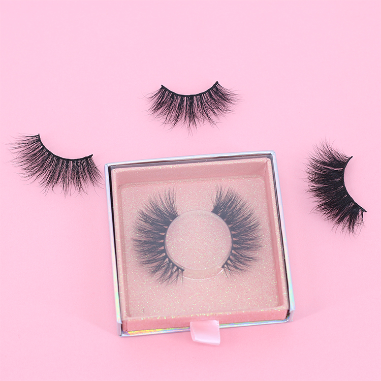 Eyelash-producer-vendor-provoide-private-label-mink-lashes-3D-with-magnetic-packaging-box.jpg