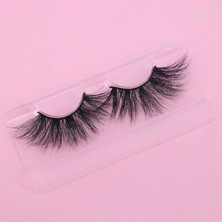 high-quality-25mm-fake-lashes-with-custom-box.jpg