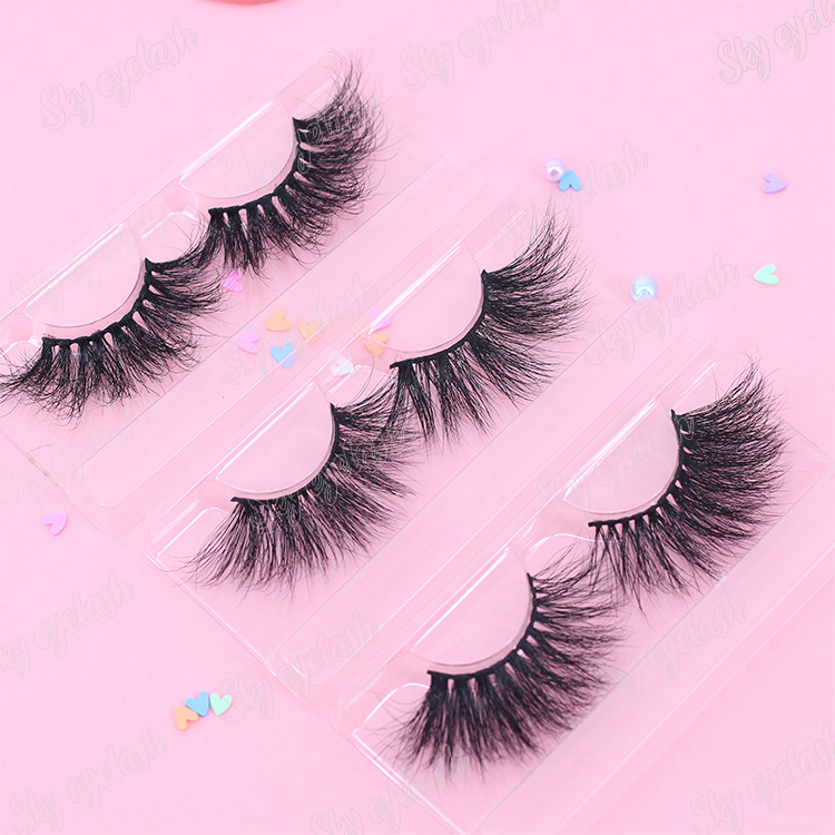 strip-eyelashes-wholesale-with-private-label.jpg