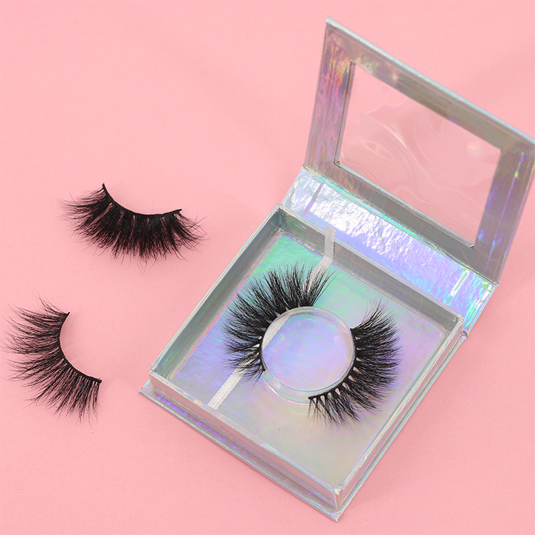 low-price-3D-faux-mink-eyelashes-supplied-with-applicator.jpg
