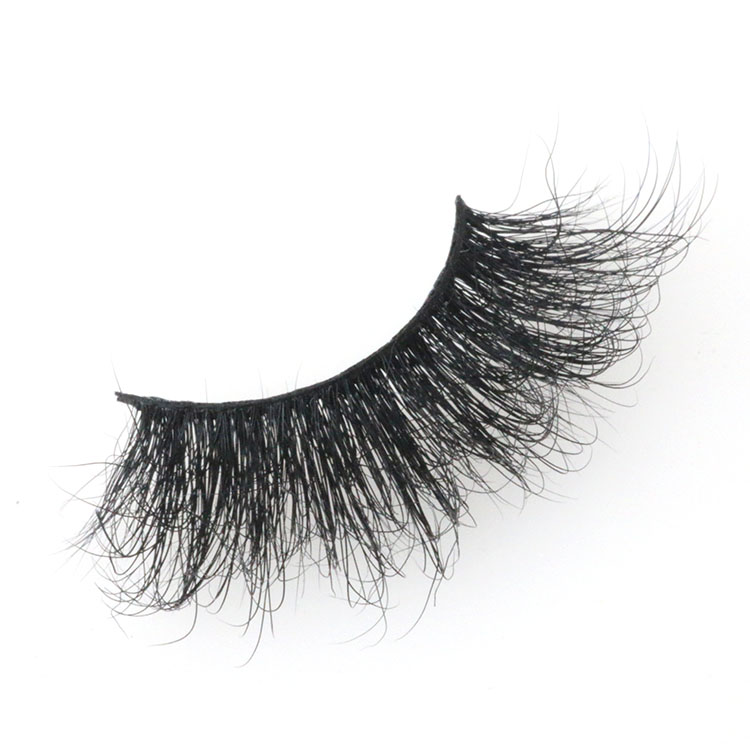 25mm-mink-lashes-with-own-brand-boxes.jpg