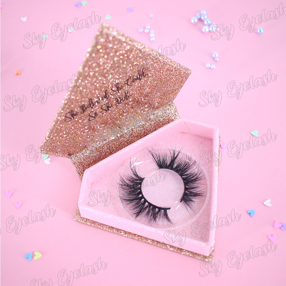 Lash makers supply top quality eyelash packaging with private label OEM ODM