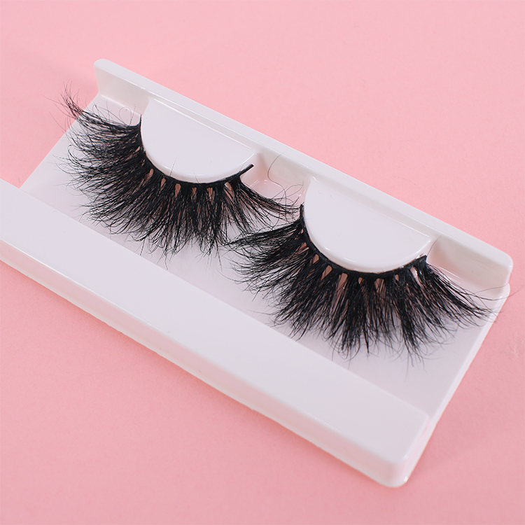 2021 top quality 25mm mink eyelashes with customzied packaging Australia Canada