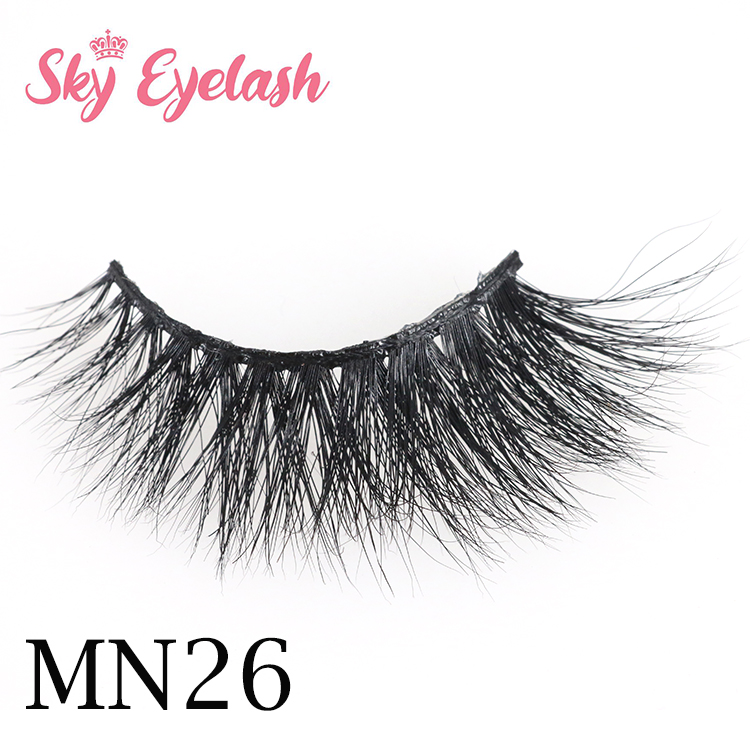 Eyelash manufacturer wholesale natural looking 3D mink eyelashes with best lash glue CO