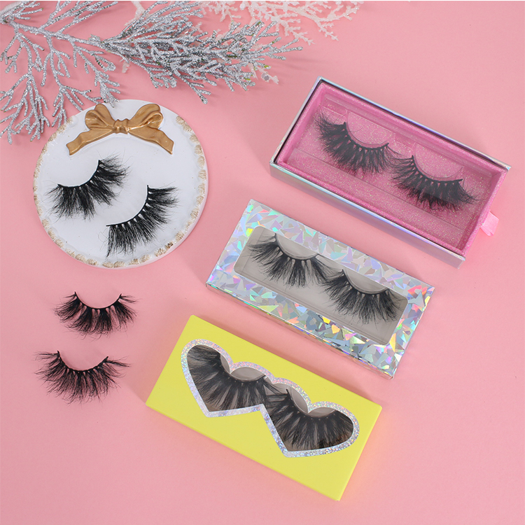 Premium 25mm long 5D eyelashes with own brand customized box UK CO