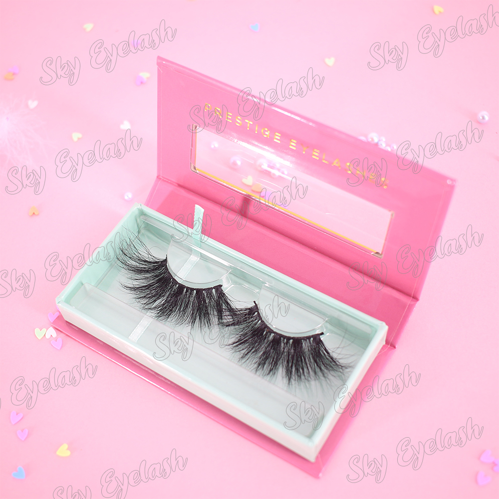 The best eyelash vendors supply customized eyelash packaging with lash glue adhesive